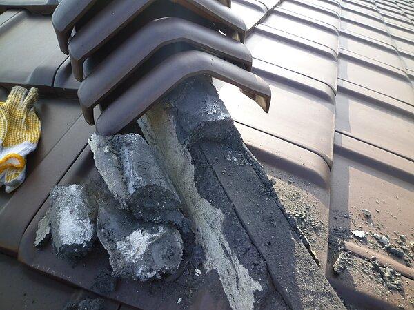 (株)リアン様よりの依頼:::熊本県葦北において瓦ビス取り外し  太洋瓦総工の画像