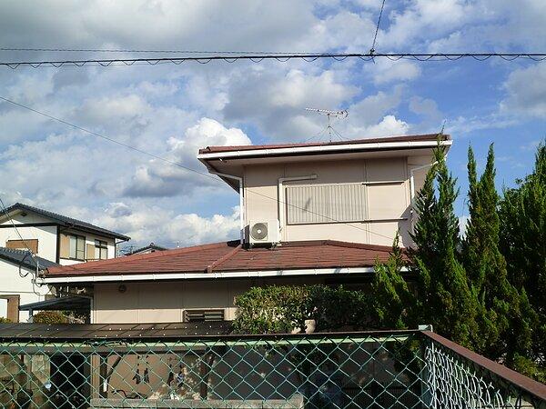 大牟田市三池において、コロニアルから板金屋根へ・・・。の画像