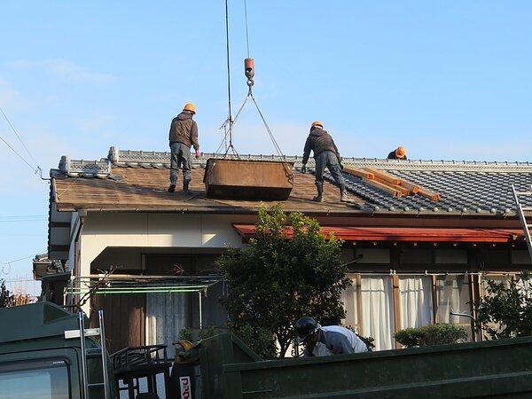 荒尾市本井手にて、屋根瓦の葺き替え   太洋瓦総工の画像